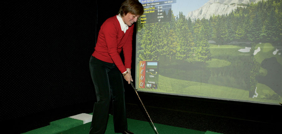 Austria_Hochgurgl_Hotel-Riml_Indoor-golf.jpg
